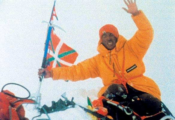Pasang Temba Xerparen argazki historikoa, Everesteko gailurrean, 1980an (Espedizioaren bilduma)