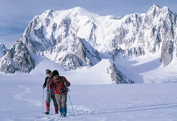 Rosen eta Villar 1966ko negu gorrian Mont Blanc-etik itzultzen (A. Rosen)